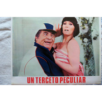 Mini Poster Un Terceto Peculiar Porcel M.casan Su Gimenez