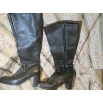Bota Larga De Cuero Con Cierre Alto En Color Negro Talle 37