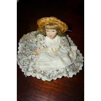 Muñeca De Ceramica Y Tela