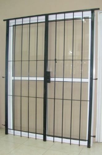 Ventanas Puertas Cerramientos Balcones De Aluminio A Medida 13915 - Balcones-aluminio
