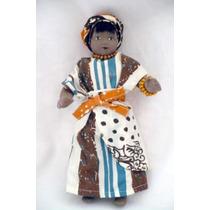 Muñeca Articulada De Porcelana, Con Traje Típico