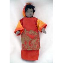 Muñeca Articulada De Porcelana Con Traje Típico De Senegal