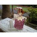 Muñeca Con Vestido Y Sombrilla De Goma Eva
