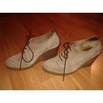 Zapatos De Gamuza Tipo Botitas Con Cordones Beige