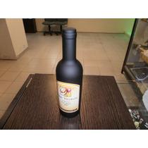 Set De Vino De 3 Elementos En Formato Botella