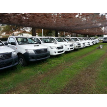 Toyota Hilux Cs 4x4 Cabina Simple 2.5 Dx Pack 0km