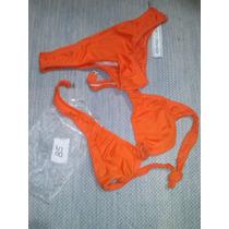 Traje De Baño/bikini Con Flor En Crochette. Original!!!