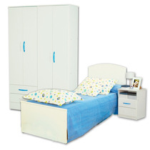 Juego Dormitorio Cama Infantil Fiona + Placard 24 + Mesita