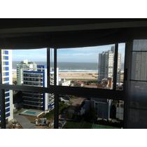 Departamento Playa Brava: 2 Dormitorios Y 1/2. Mar: 200mts