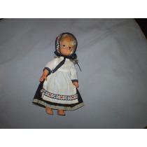 Muñeca De Plástico Vestida Regional Buen Estado $100