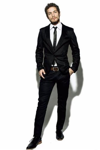 69dee4c2040d5 Ver más Ver en MercadoLibre. Traje De Hombre C  Pantalon Chupin Camisa  Corbatin Cinturon