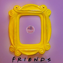 Marco Puerta Mirilla Monica - Friends // Libria Store