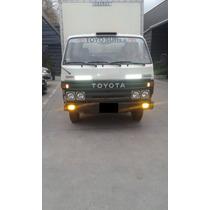 Camion O Caja Toyota