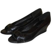 Clásico Zapato Negro De Mujer. Marca Joies Nº 37