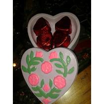 Caja Para Souvenirs De Yeso Con Bombones De Chocolate.