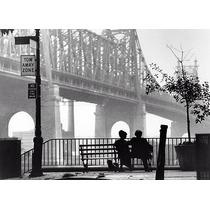 Manhattan Film En Tela Canvas De 40x55 Cm - Exelente