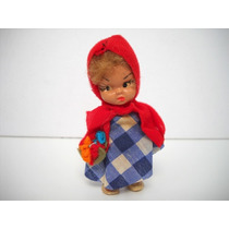 Antigua Muñeca Miniatura Caperucita Roja Retro De Los 70