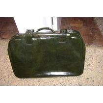 Valija 100 % Cuero Primicia Verde. Impecable.