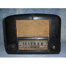 Antigua Radio R C A Victor Funcionando