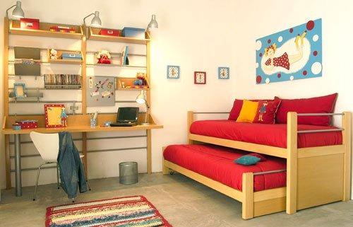 Camas escritorios infantiles juveniles en madera dura for Camas juveniles con escritorio incorporado