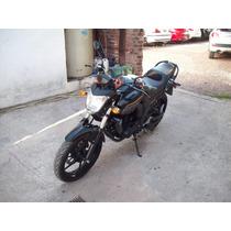 Yamaha Fz 16 Color Negra