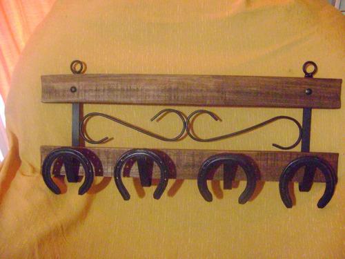 Perchero herraduras rustico estilo campo 450 fbdpg - Imagenes de percheros de madera ...