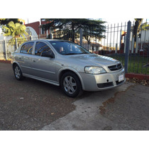 Chevrolet Astra Gl 2.0 Nafta 5 Puertas Champagne