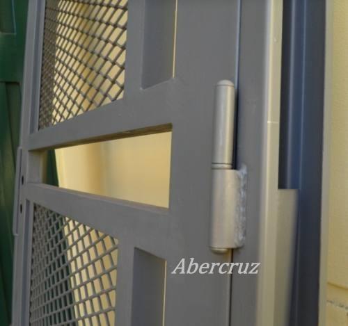 Puerta reja linea premium para puertas de frente c marco for Modelos de rejas de fierro para puertas