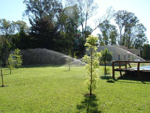Instalaci n de riego x aspersi n y goteo riego automatico for Instalacion riego jardin
