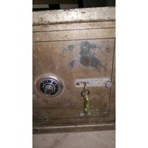 Antigua Caja Fuerte C Clave,llaves Todo Funcionando Gurnica