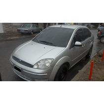 Fiesta Max 2006 Ambiente Plus. Gnc. Muy Bueno