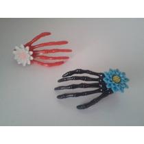 Set Clip Mano De Esqueleto Multiuso Con Flor Con Brillitos!