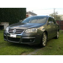 Volkswagen Vento 2.5 (170cv) Luxury Wood Tiptronic 2do Dueño
