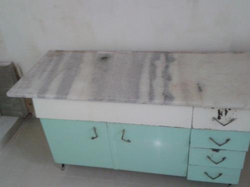 Mesada de marmol y muebles de cocina antiguos vintage for Muebles de cocina vintage