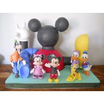 Casa De Mickey Mouse Y 6 Personajes En Porcelana Fría