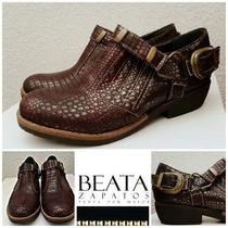 Art 230 Zapatos Cuero Con Cierre Color Beige Y Borravino