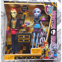 Monster High Abbey Bominable & Heath Burns Bunny Toys