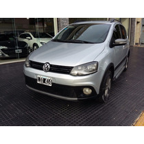 Volkswagen Suran Cross 2012 Color Gris 5 Puertas