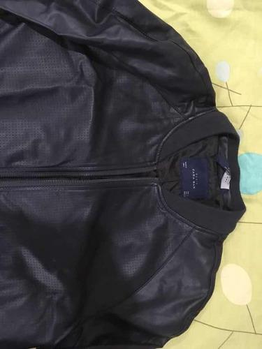 Campera Zara Eco Cuero L en venta en Morón Bs.As. G.B.A.