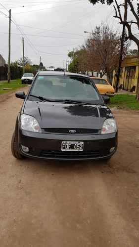Ford Fiesta 2006 Foto 6