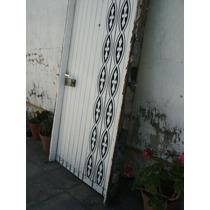 Puerta Cedro Frente Mirilla Visor Herraje