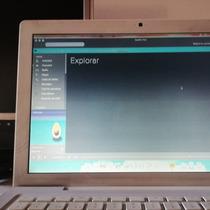 Macbook 13  Funciona Displey Roto Y Sin Batería