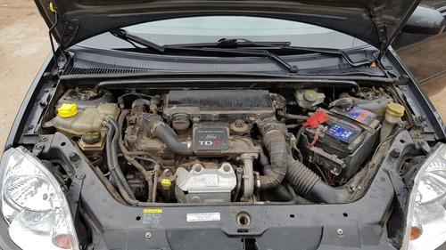Ford Fiesta 2006 Foto 8