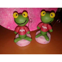 Souvenirs Sapo Pepe Pepa En Porcelana Fria