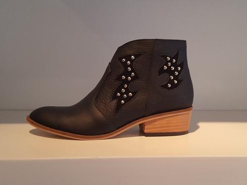d22c6e4a3f Bota Botitas Tachas Rayo Texana Cuero Diafana Zapatos en venta en Castelar  Bs.As. G.B.A. Oeste por sólo   2580