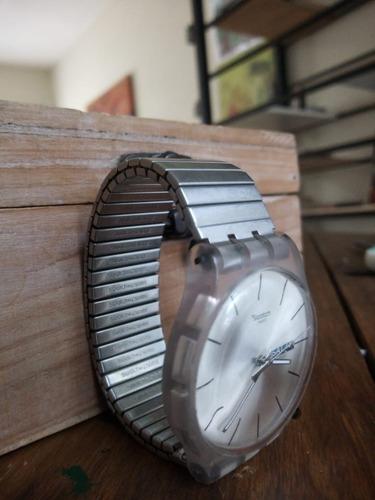 Reloj Swatch Suok700b Resolution Mujer.