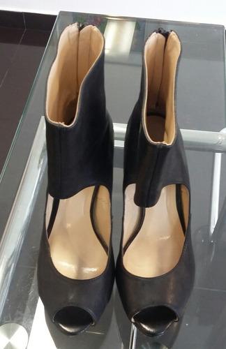 8678941f Zapatos Con Pulsera Negros Via Uno Boquita Pez 37