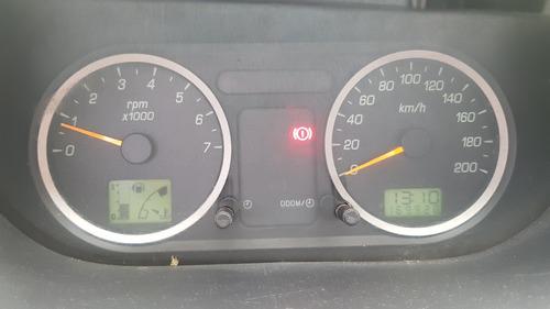 Ford Fiesta 2006 Foto 9