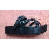 Sandalias Negras Con Tachas Plataforma Plastico