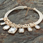 Hermoso Collar Gargantilla Dorado Con Cristales De Fantasía